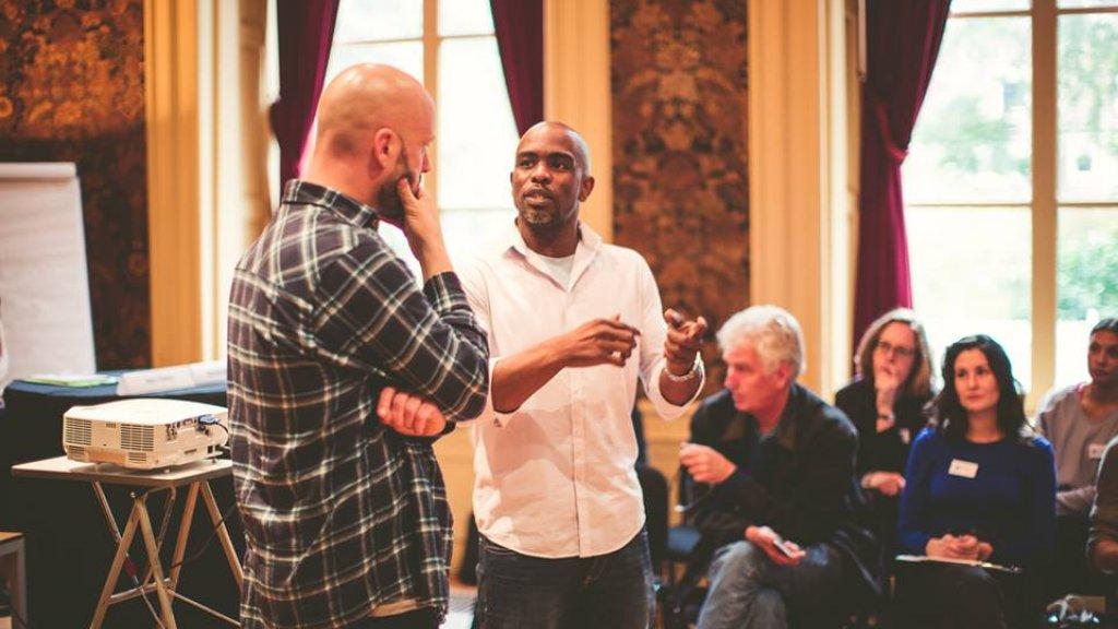 Leren van spoken word: Braenworks geeft workshop tijdens Futureproof door kunst & cultuur